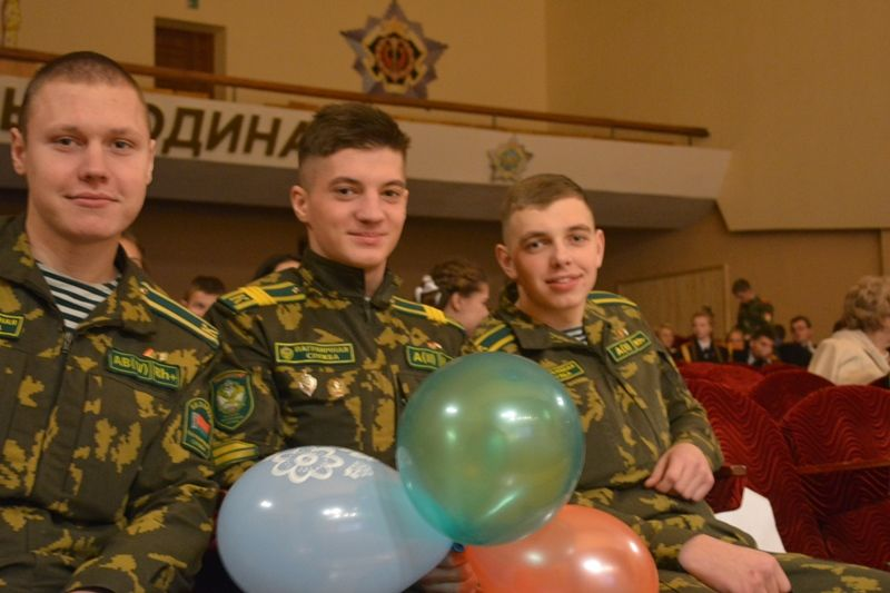 Геи и курсанты кадеты